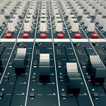 Centro Media è concessionaria di emittenti radiofoniche